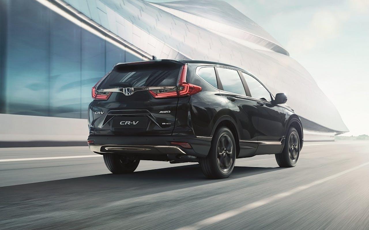 Honda CR-V SUV auf Straße