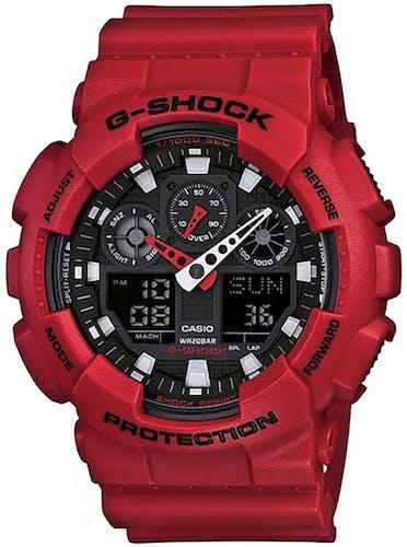 Cette montre G-SHOCK se compose d'un Boîtier Rond de 51 mm et d'un bracelet en Résine Rouge