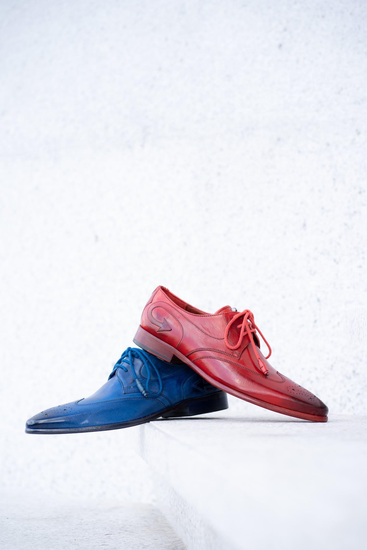 Men's colourful derby shoes by Melvin & Hamilton