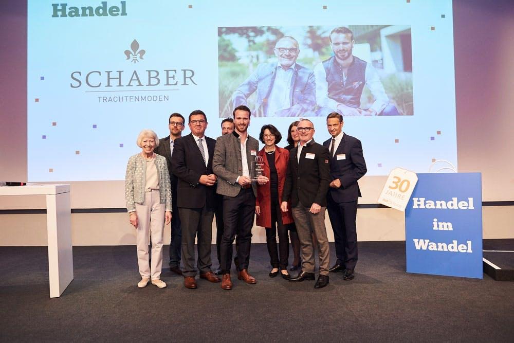 """In der Kategorie """"Handel"""" ist der Preisträger das Allgäuer Traditionsunternehmen Schaber Trachtenmoden."""