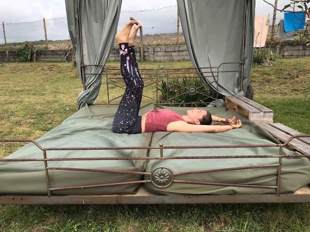 Yoga Übung Beine hoch