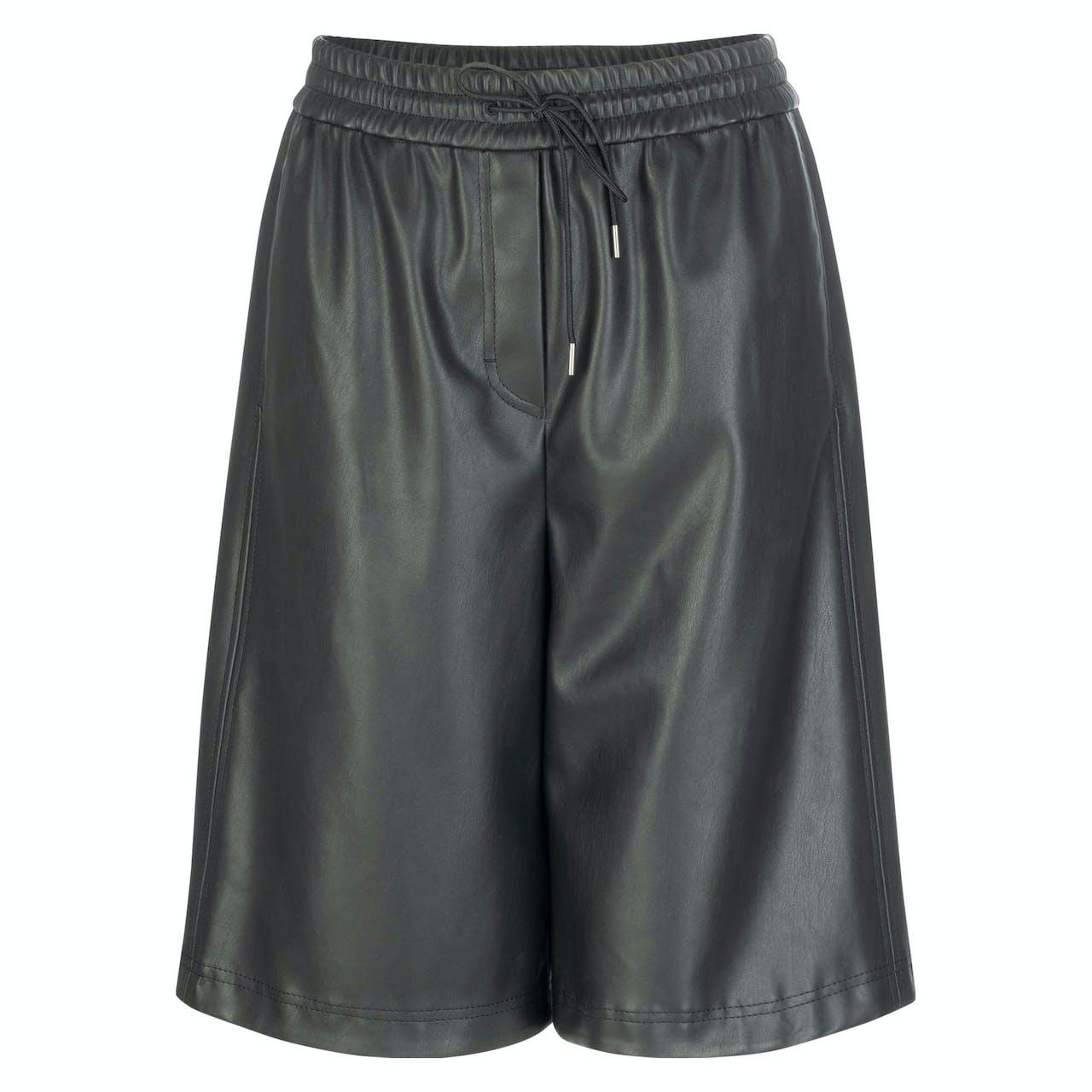 Shorts - Loose Fit - Lederoptik