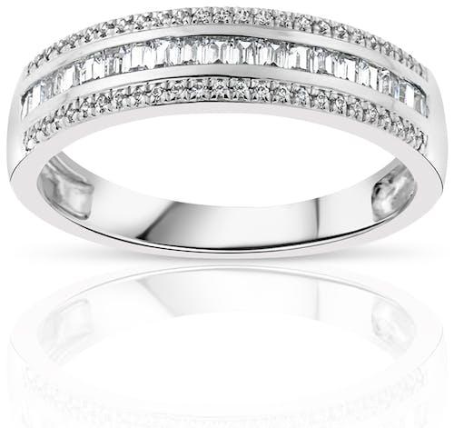 Bague CLEOR en Or 375/1000 Blanc et Diamant