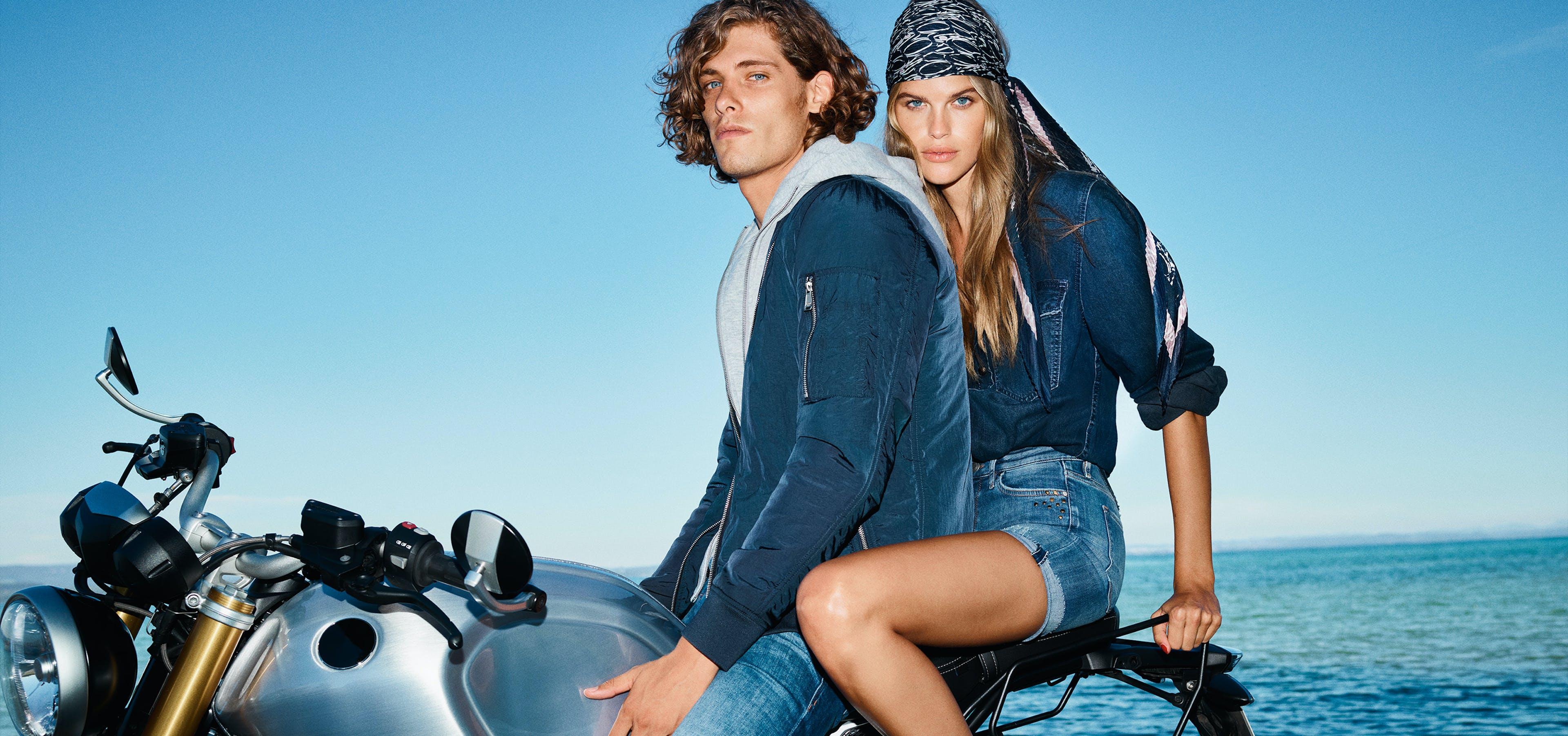 JOOP! Jeans — Mann und Frau auf Motorrad