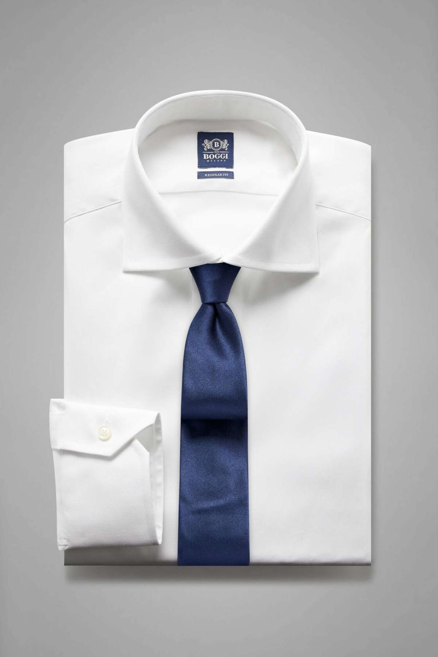 best Christmas presents for Dads dress shirt with tie by Boggi Milano