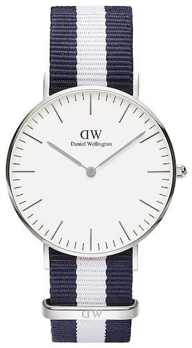 Cette montre DANIEL WELLINGTON se compose d'un boîtier Rond de 36 mm et d'un bracelet en Nylon Bicolore