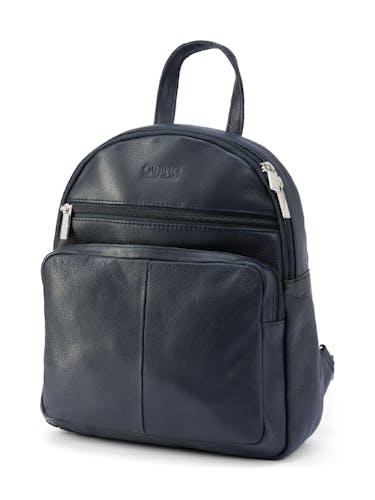 Dunkelblauer Rucksack mit Reißverschlüssen und Taschenfach.