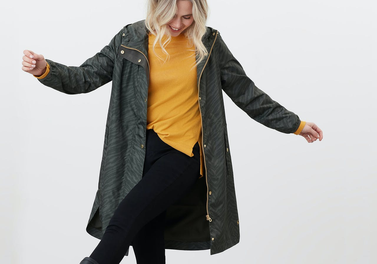 Be prepared for everything the Irish summer has instore for you. Shop light jackets, raincoats, jumpers and more