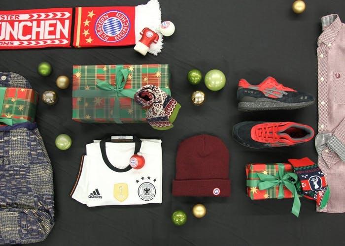 Geschenkideen, Sneaker, Fußball, Trikot