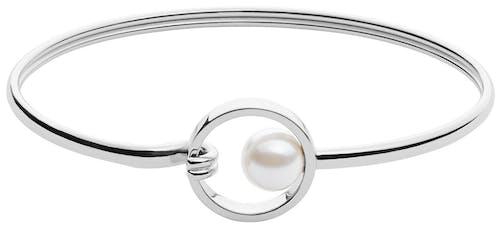 Ce Bracelet SKAGEN est en Acier et Perle Blanche