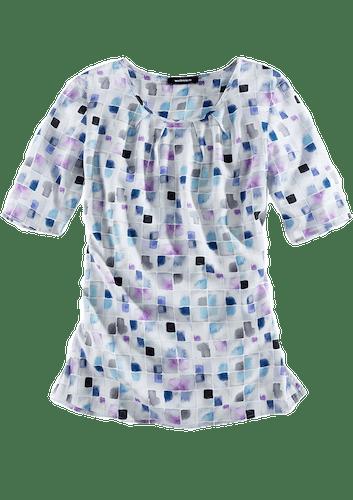 nWeiße Bluse mit kurzen Ärmeln und einem Muster aus lila und blauen Quadraten.