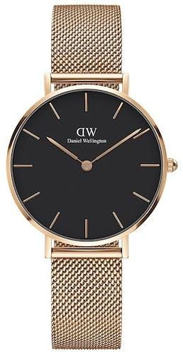 Cette montre DANIEL WELLINGTON se compose d'un boîtier Rond de 32 mm et d'un bracelet en Acier Rose