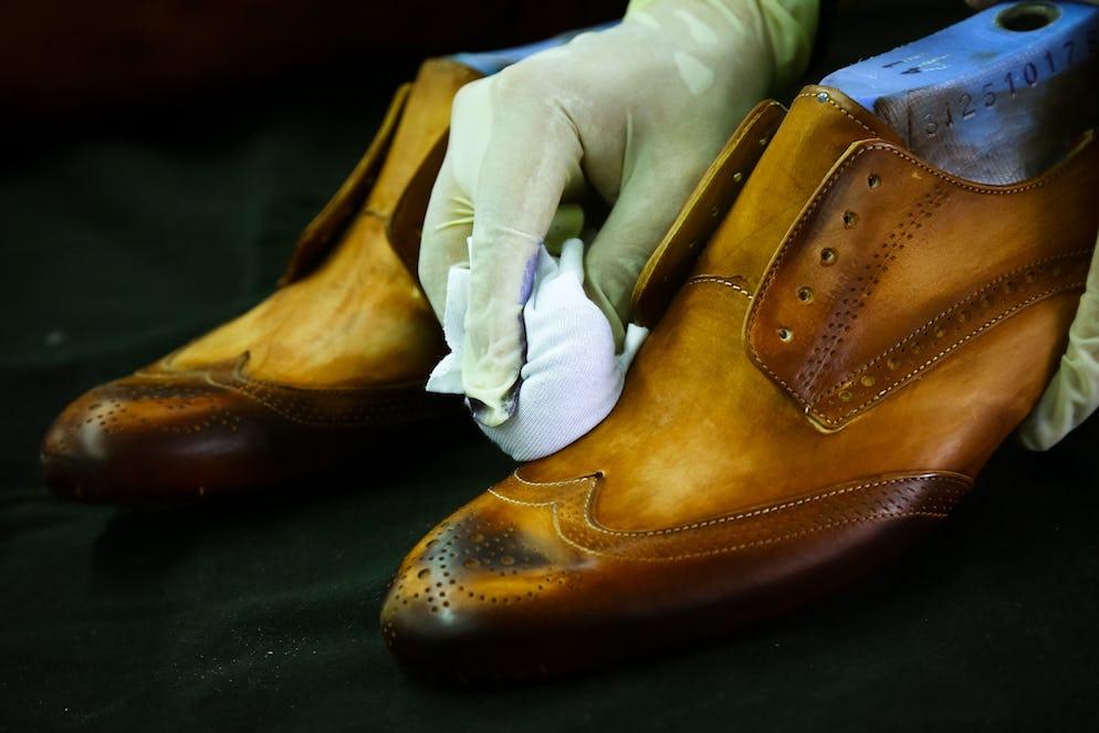 dbd4416efb7 Door deze kenmerken zijn we instaat tot op de dag van vandaag de schoenen  van Melvin & Hamilton te verkopen in heel Europa.