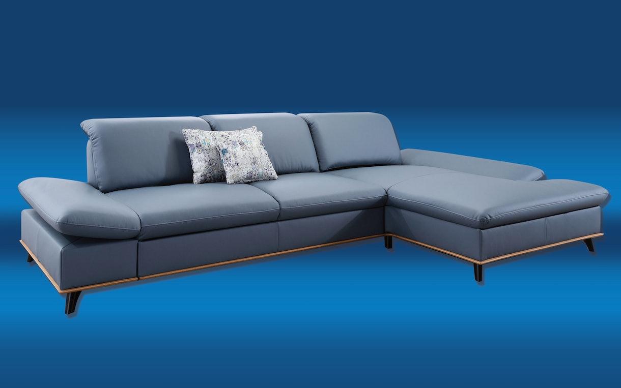 Sofas und Garnituren
