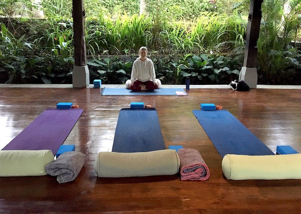 Steffi gibt eine Yogastunde