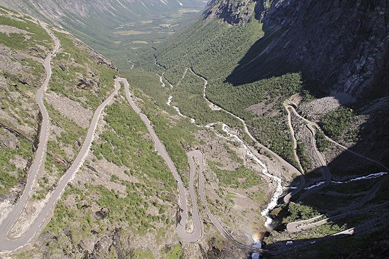 Kurvenreich durchs Hochland: Trollstigen