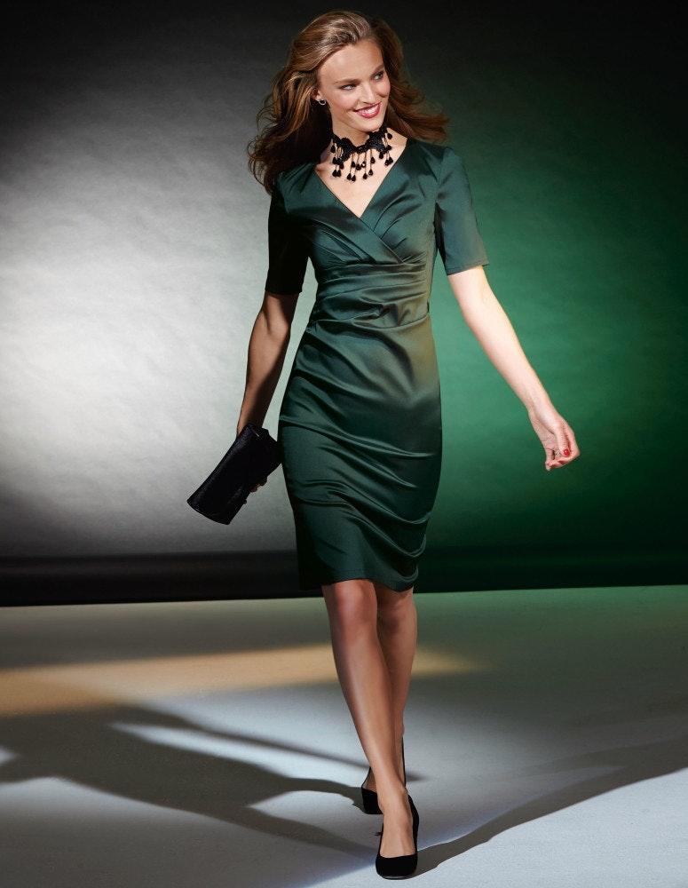 Taft-Kleid im Wickel-Look