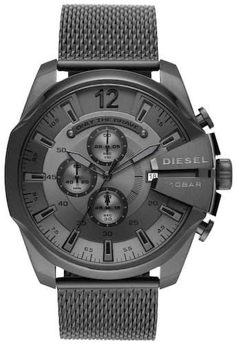Cette montre DIESEL se compose d'un boîtier Rond de 51 mm et d'un bracelet en Acier Gris