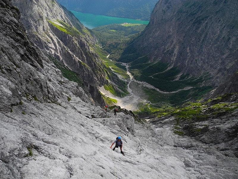 2. Für Profis mit Ausdauer: Watzmann Ostwand – kurz vorm Ausstieg, ca. 200m unterm Gipfel.
