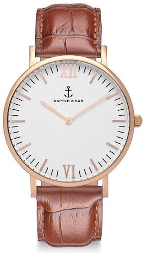 Cette montre KAPTEN & SON se compose d'un Boîtier Rond de 40 mm et d'un bracelet en Cuir Marron