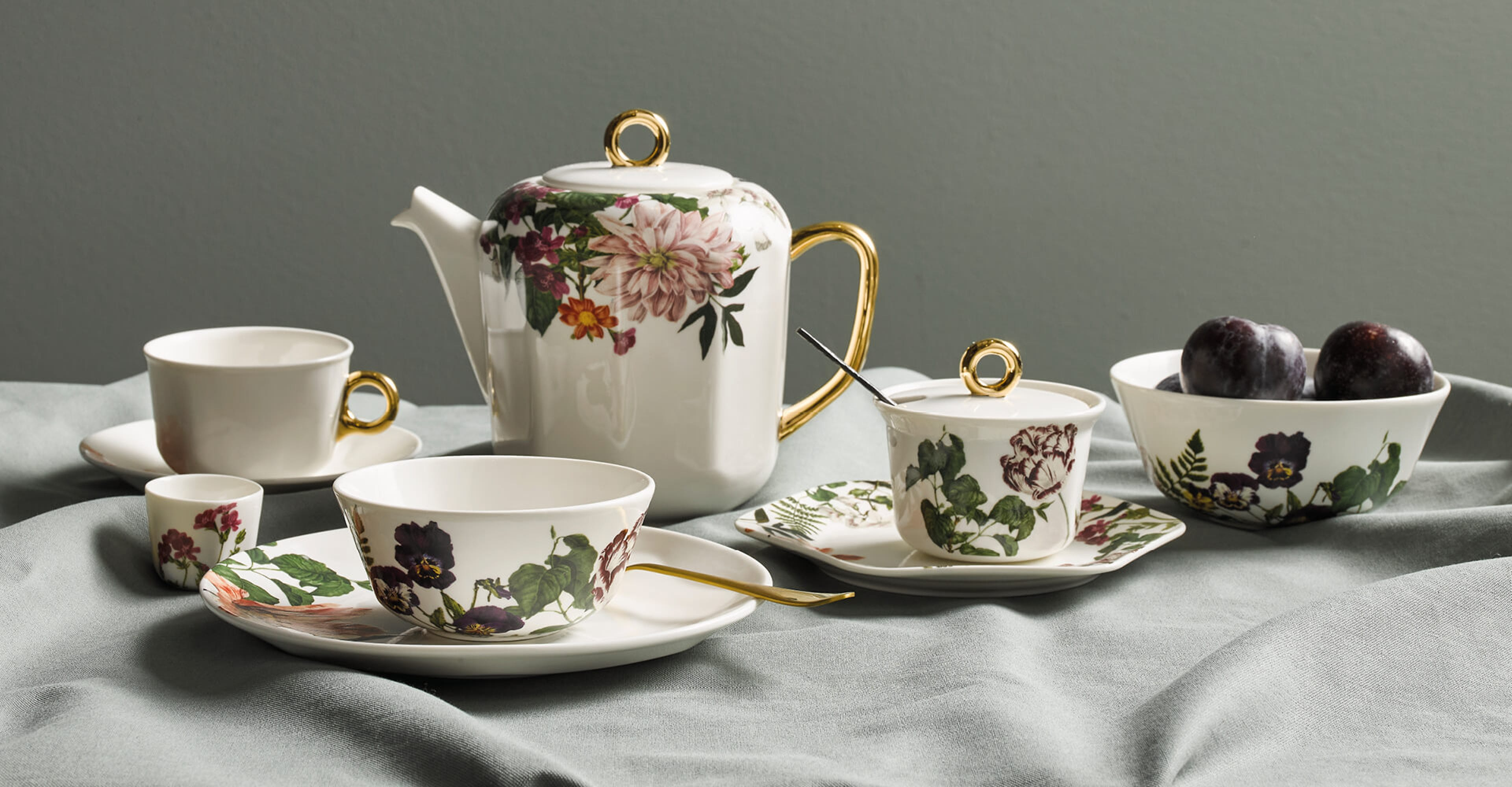 NEW: ESSENZA The Porcelain Collection