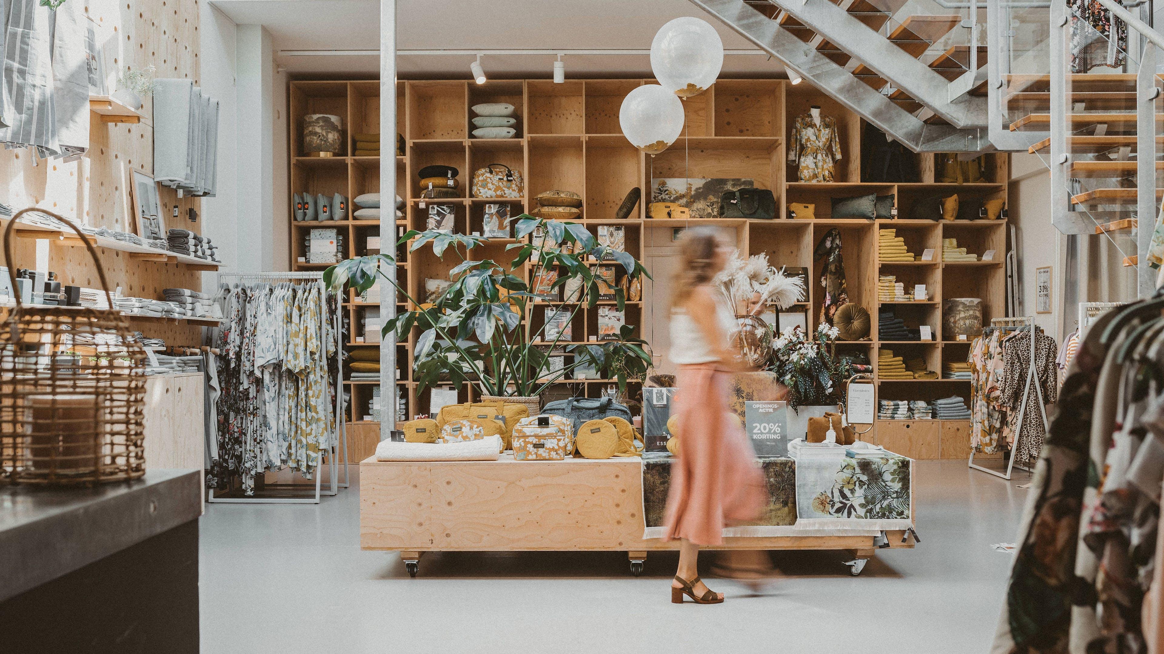 Eigen winkels ESSENZA HOME