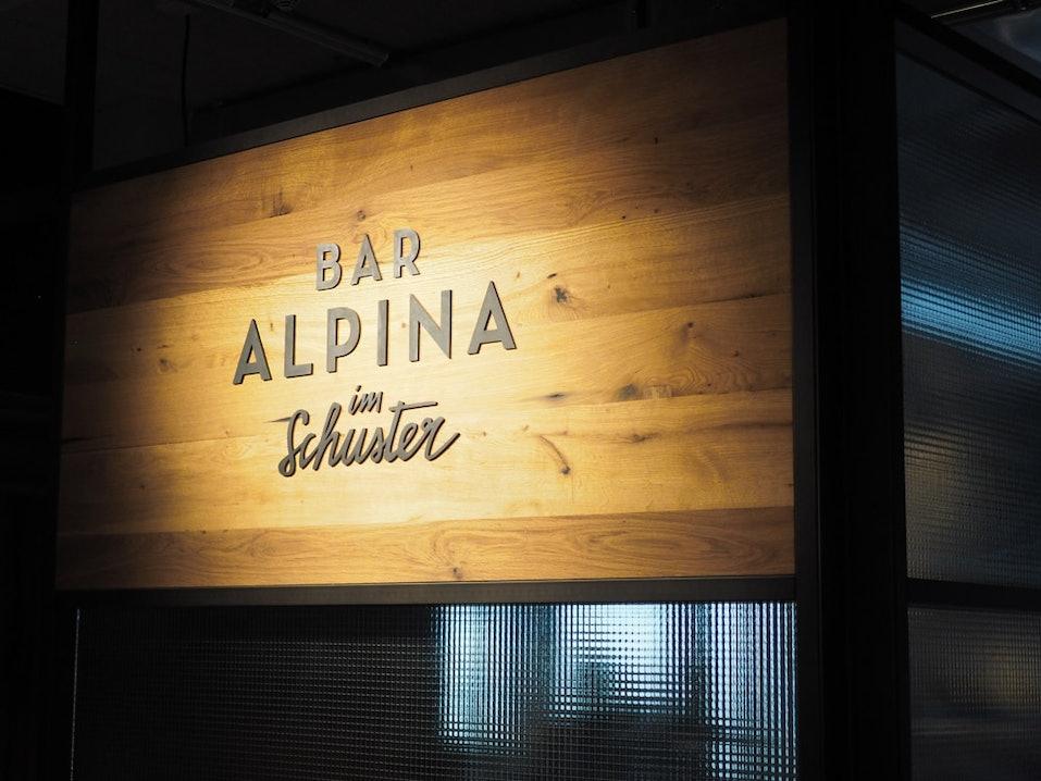 Alpina-Bar-Schuster
