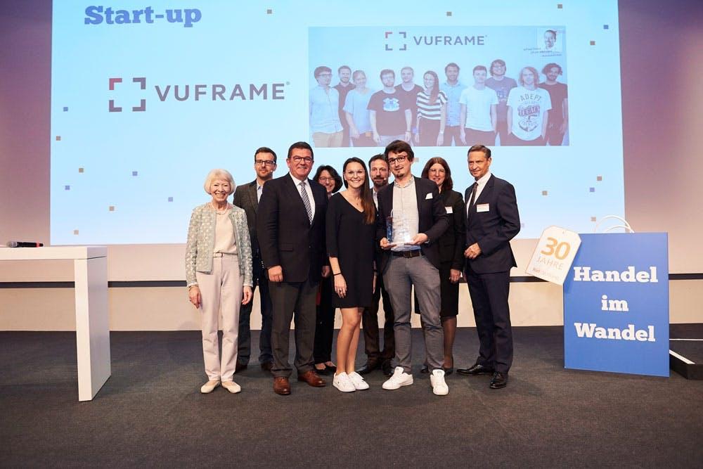 """VUFRAME, ein junges Augmented und Virtual Reality-Unternehmen aus Regensburg, überzeugte die Jury in der Kategorie """"Start-up"""""""