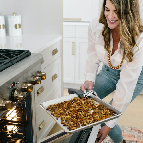 Gretchen Black opening oven