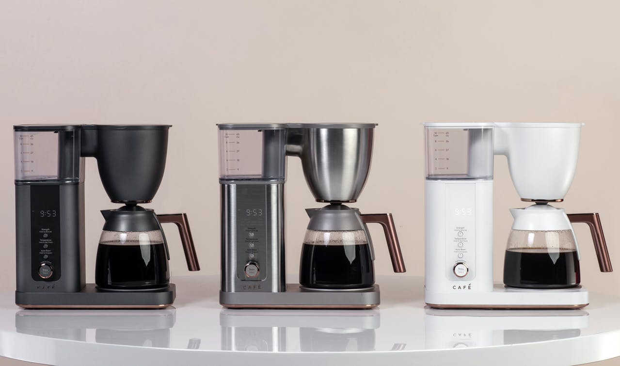 3 colors of Café specialty drip coffee makers with glass carafe