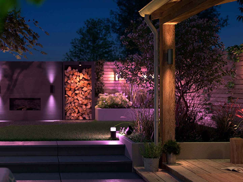 Smarte Outdoorbeleuchtung Philips Hue