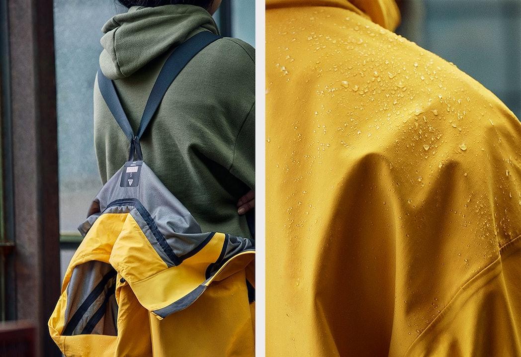 Die My Shelter Regenjacke von adidas ist stylisch gelb, praktisch und wasserdicht
