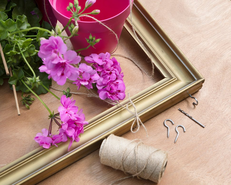 Floating Geranium Charm Garden Decorations In Upcycling Style
