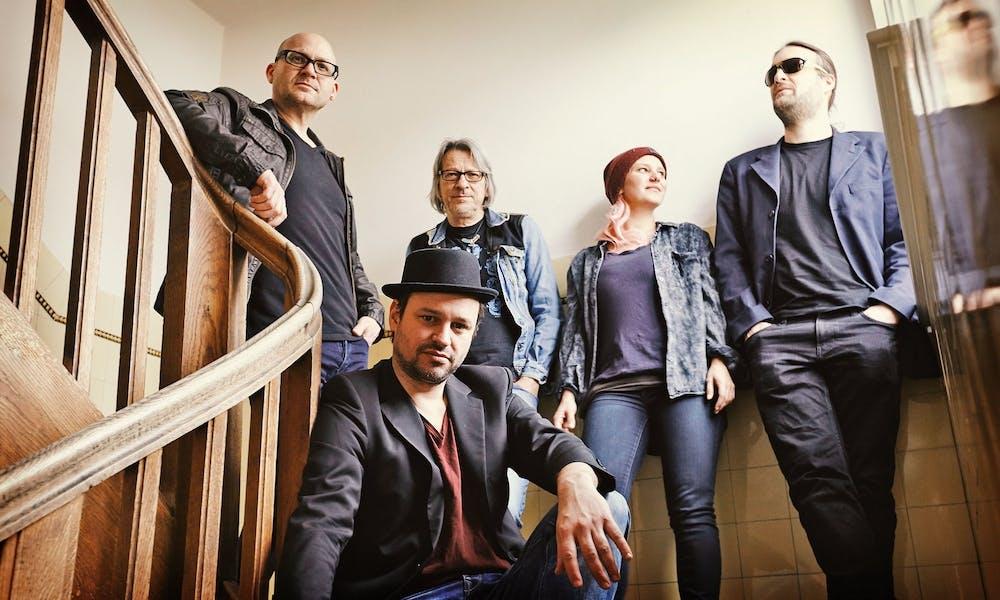HUNDLING: Bairische Liedermanufaktur zwischen Reggae, Folk und Rock'n Roll.