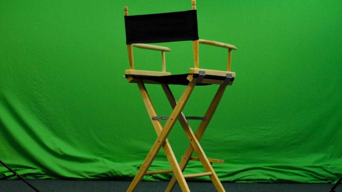 Wie man einen Greenscreen für YouTube-Bastelfilme macht