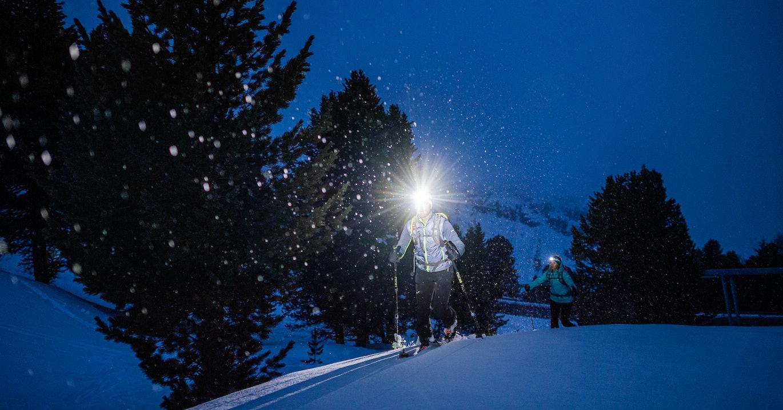 Stirnlampe Wandern Skitour Winter