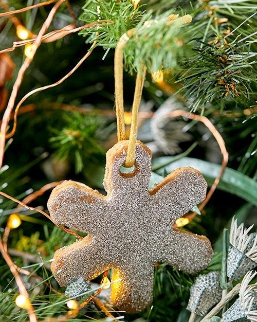 Lily Vanilli's Baileys Original Irish Cream Christmas Cookies