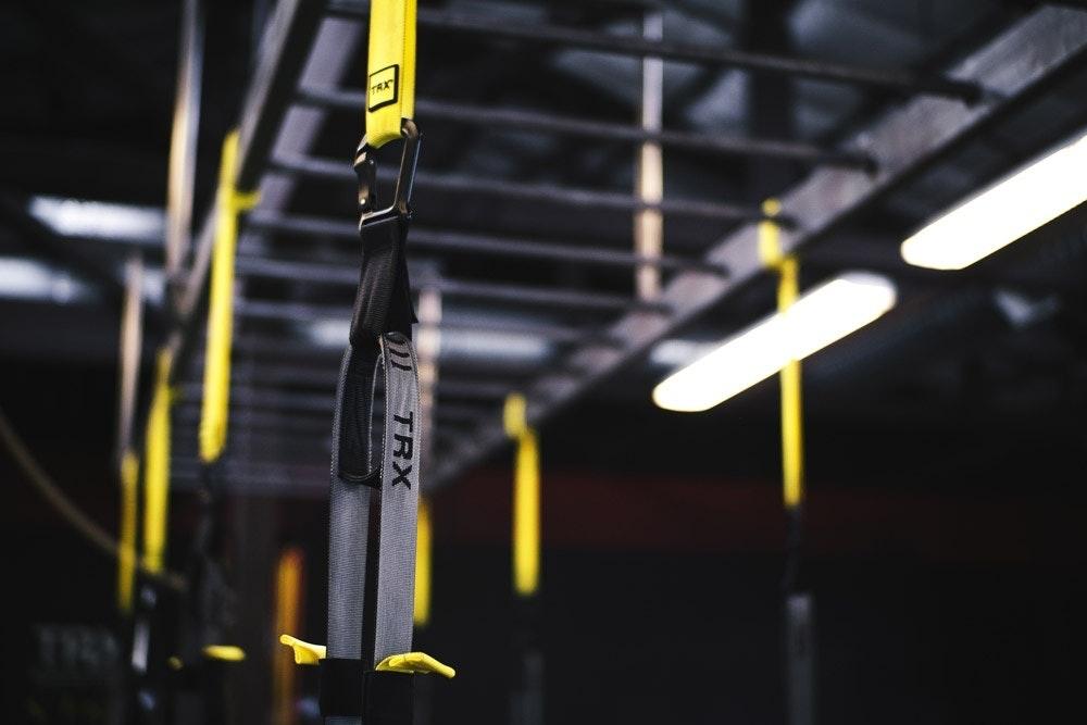 Funktionelles Training mit TRX Bändern