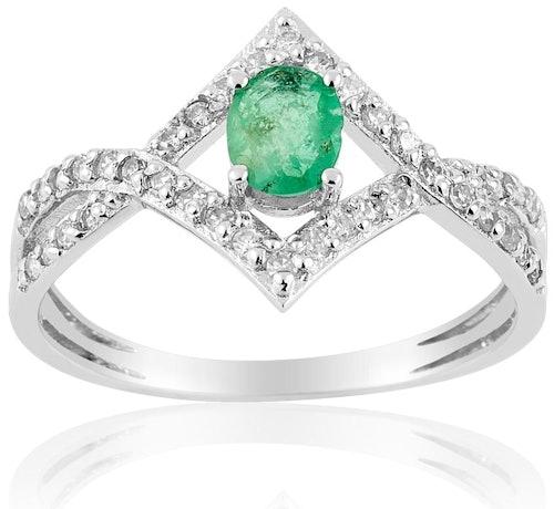 Cette Bague CLEOR est en Or 750/1000 Blanc, Emeraude Verte et Diamant