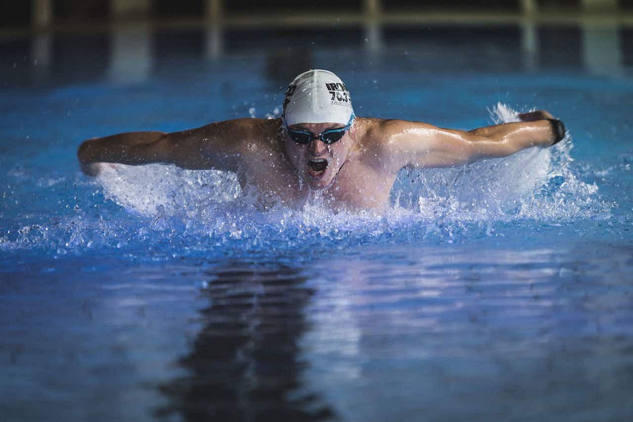 Ironman Training Schwimmhalle