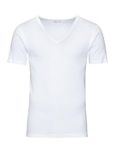 Weißes T-Shirt mit V-Ausschnitt.
