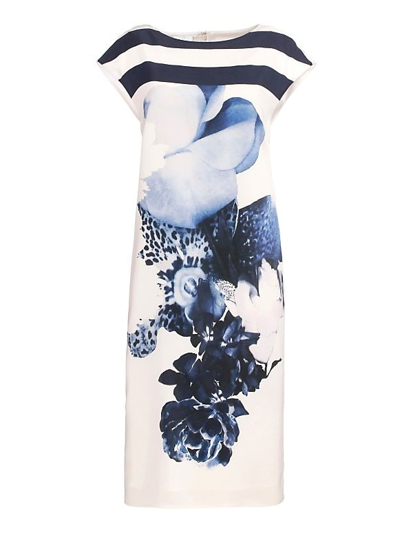 Seidenkleid mit Blumenmuster