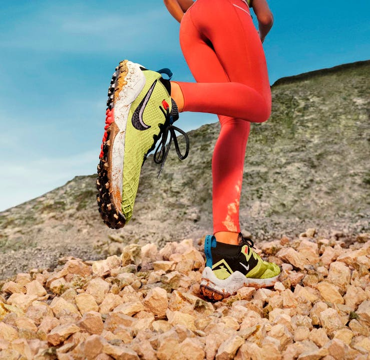 Primo piano scarpe trail running Nike Wildhorse 7