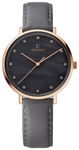 Cette montre OBAKU se compose d'un Boîtier Rond de 37 mm et d'un bracelet en Cuir Gris