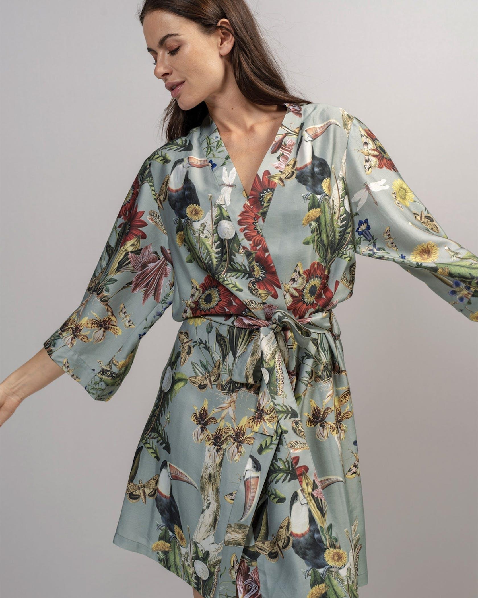 ESSENZA Sarai Airen Kimono Dusty green